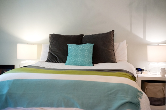 queen sized bed without DIY bed headboard