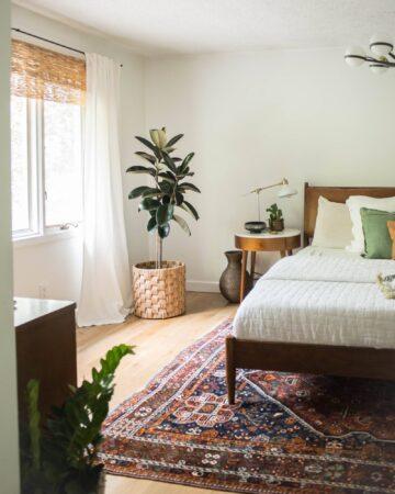layered window look in midcentury bedroom