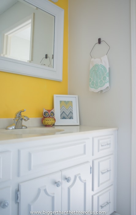 DIY Towel bar out of a clothing wire
