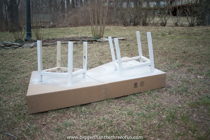 White base for planters