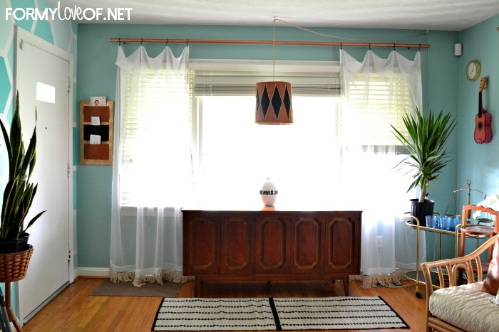 curtain-update-in-living-room-DIY-rod
