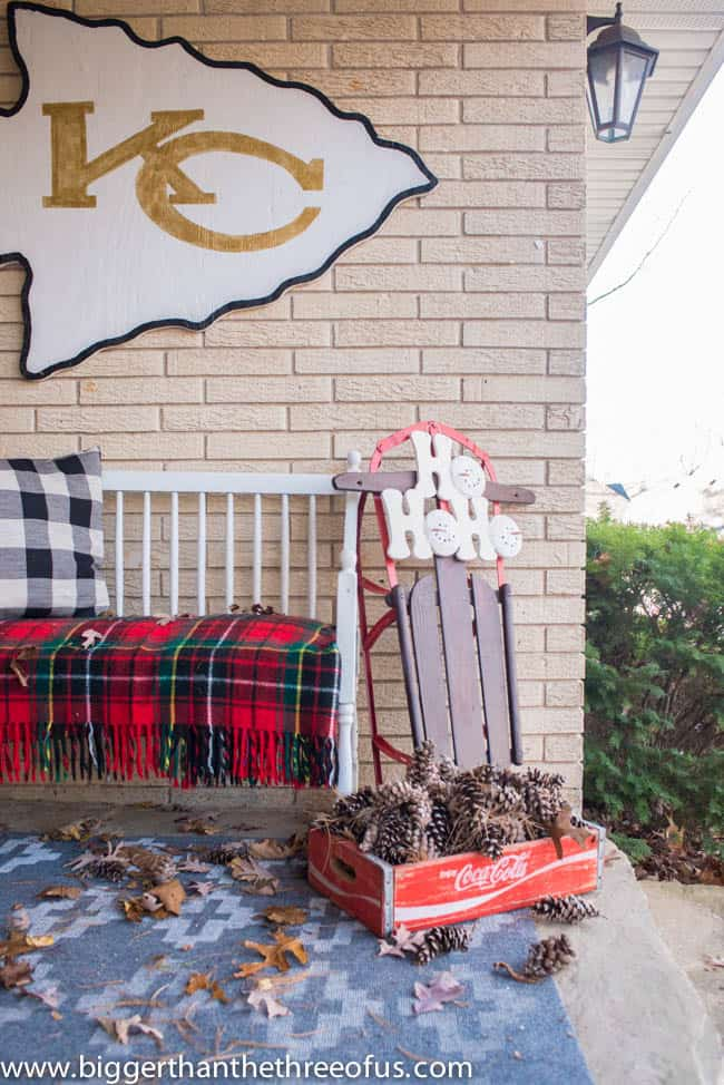 Christmas Decor on Front Porch -3