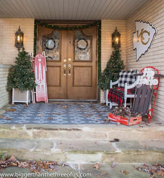 Christmas Decor on Front Porch -8