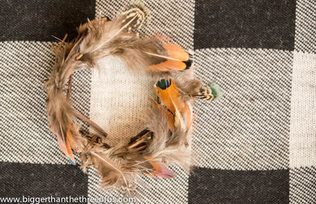 DIY Feather Wreath Ornament-3
