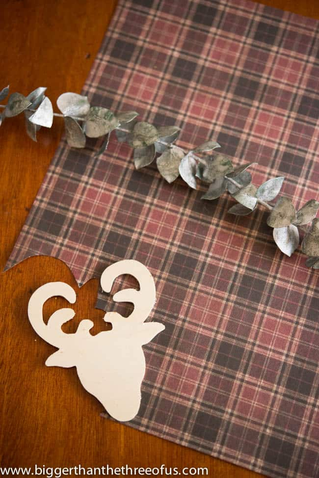 Moose and Burlap DIY Ornament-2
