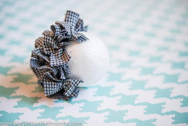 Ornament Tutorial for a Scrap Fabric Ball Ornament-7