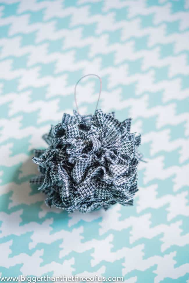 Ornament Tutorial for a Scrap Fabric Ball Ornament-8