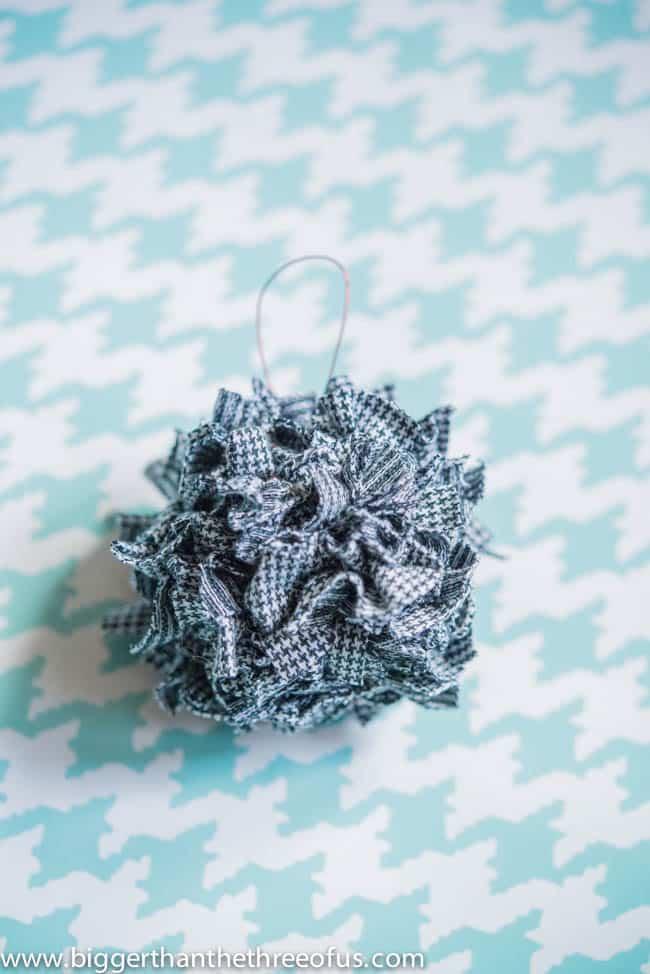 Ornament Tutorial for a Scrap Fabric Ball Ornament-8