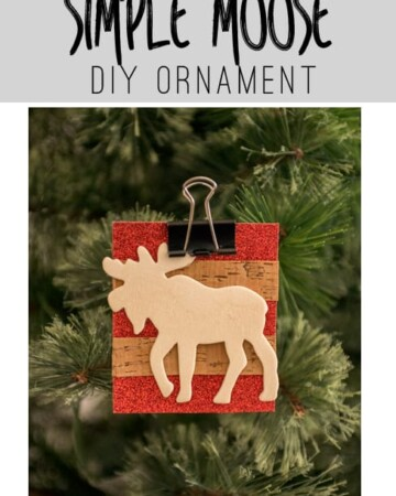 Make this Simple DIY Moose Ornament for your Christmas Tree.