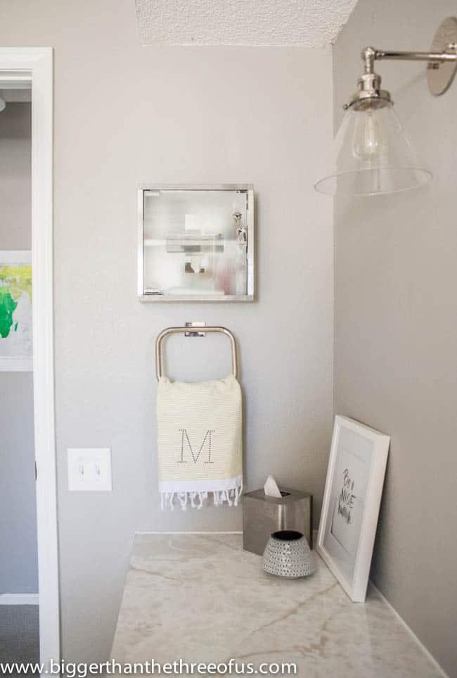 Modern Medicine Cabinet as Decor in Bathroom