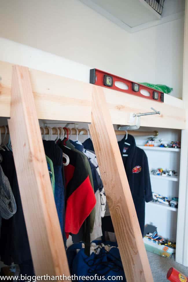 DIY Ladder Tutorial for Reading Loft