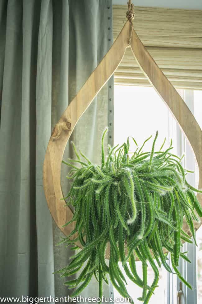 DIY Mid-Century Wood Plant Hanger