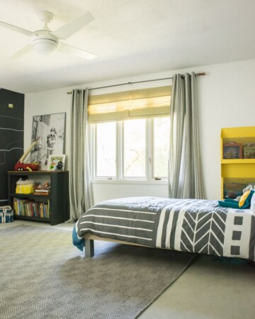 Want a room that can grown with your kids? Check out this modern and bright boys room.