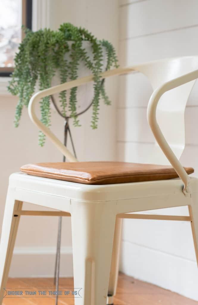 DIY Modern Leather Cushion Tutorial