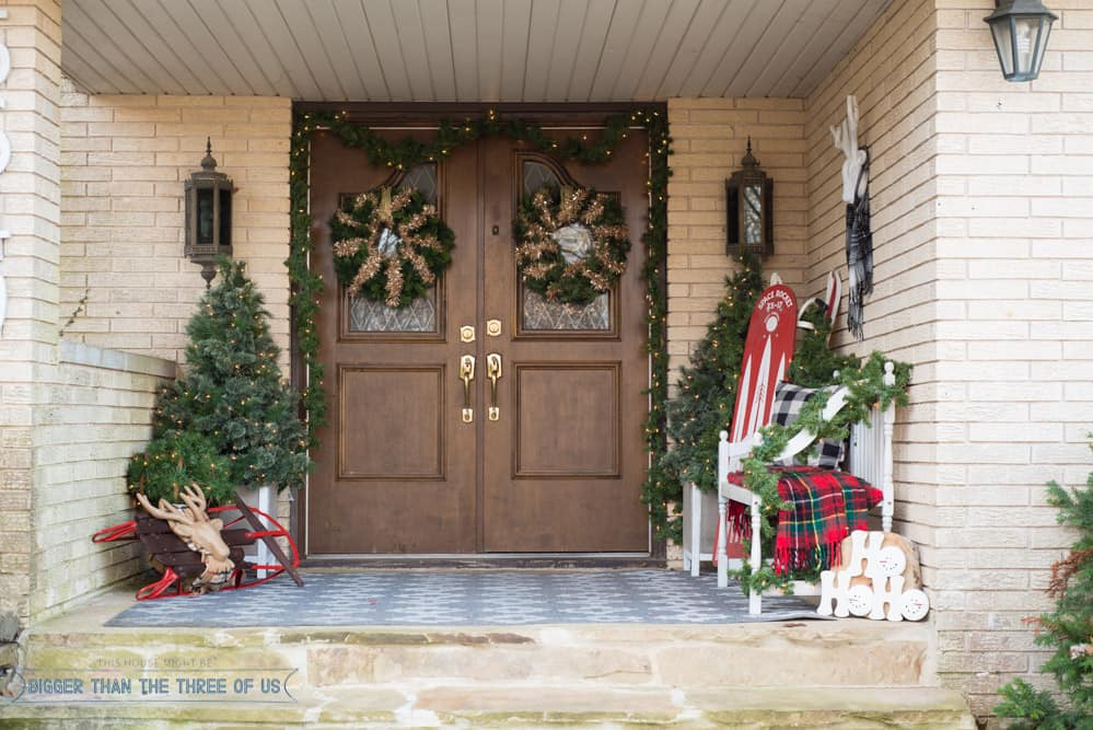 front porch christmas decorating ideas - How To Decorate Front Porch For Christmas
