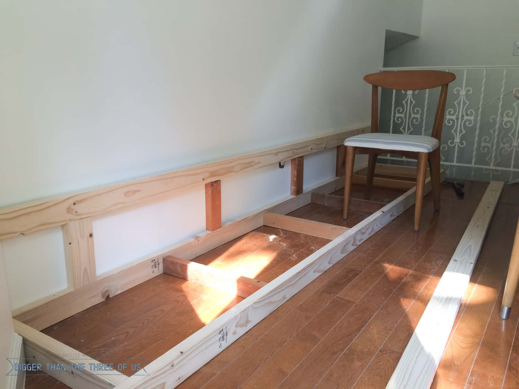 Use this tutorial to build a bench seat for your dining room table!