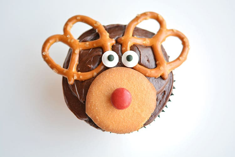 Make these Reindeer Cupcakes