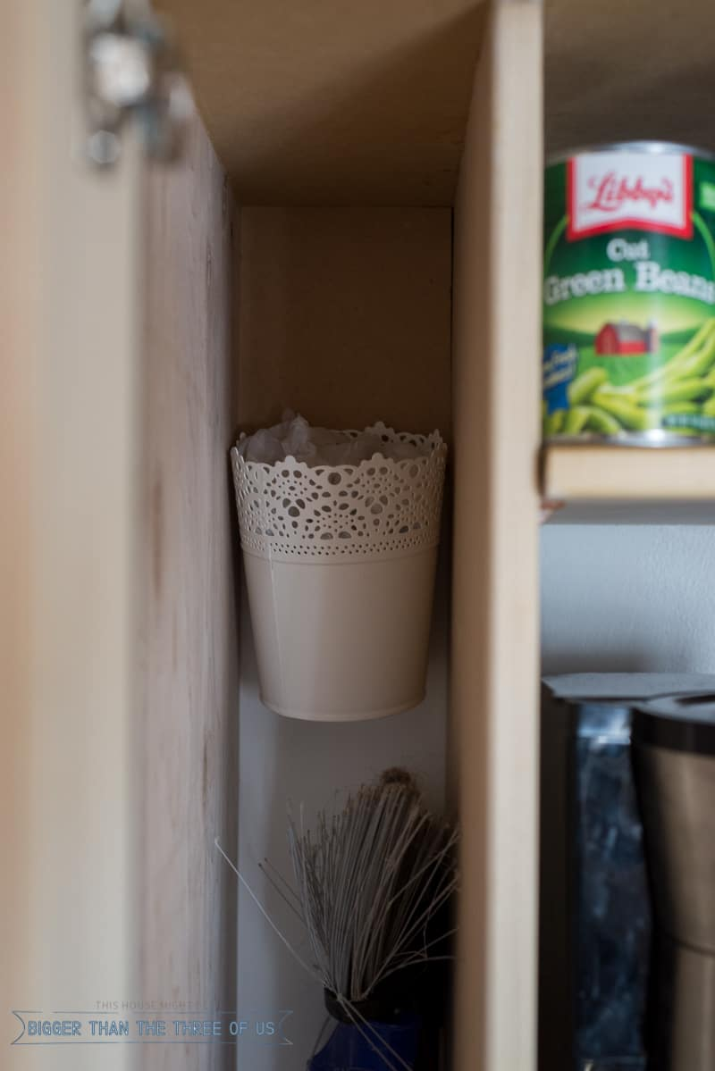 Simple Steps to Organizing a Small Pantry