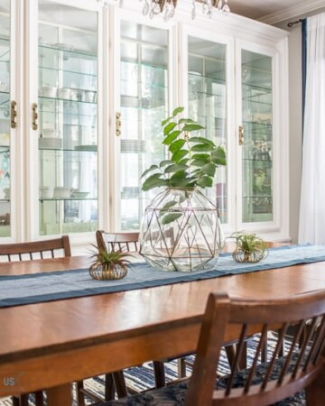 Bright and Modern Formal Dining Room