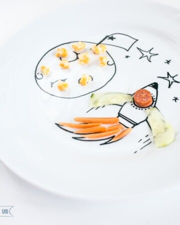 DIY these fun food plates for your kiddos! They will love them!
