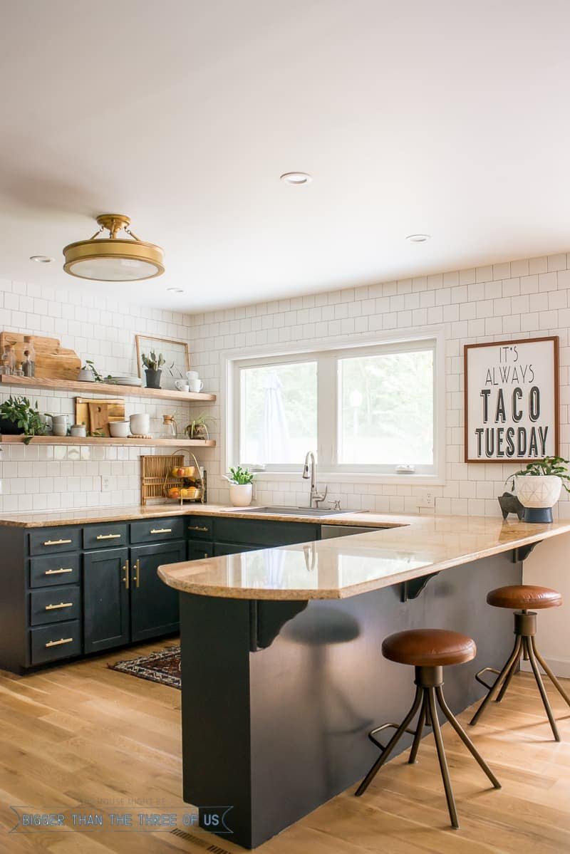 White oak hardwood in kitchen with dark cabinets