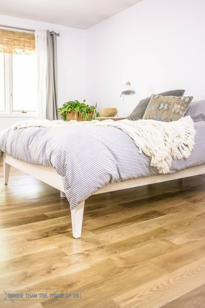 Minimal Mid-Century Modern Master Bedroom