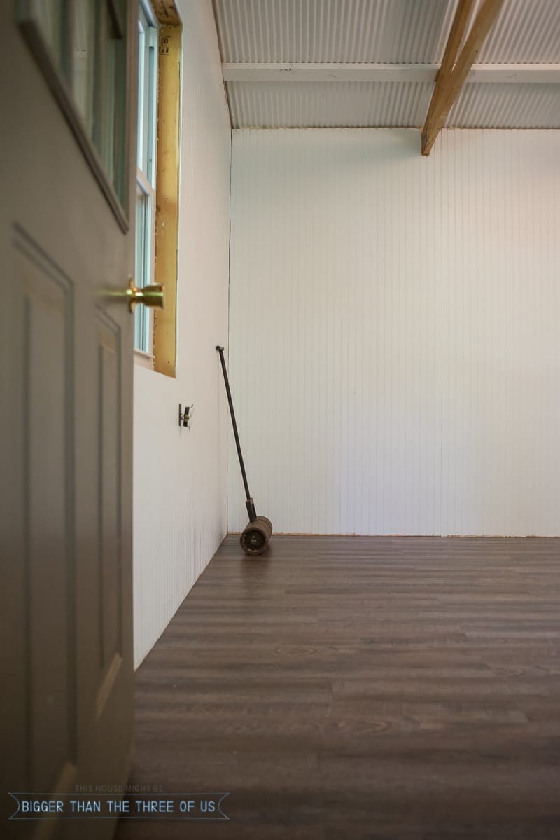 How to install laminate flooring bigger than the three of us for Installing laminate flooring
