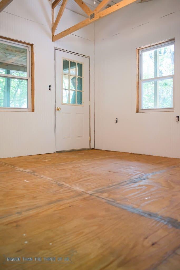 How to install Laminate flooring - full tutorial!