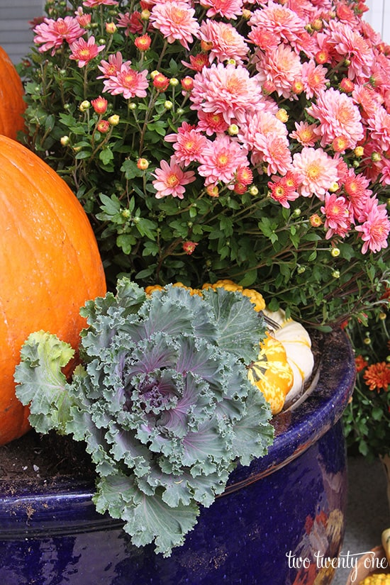 Ways to Decorate your Front Porch for Fall