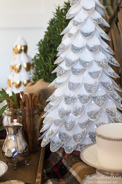 Make this Christmas Tree Out of Spoons!