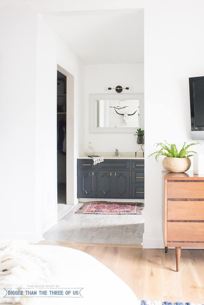 Minimal Modern Bathroom Nook Reveal For 87 Bigger Than The Three Of Us