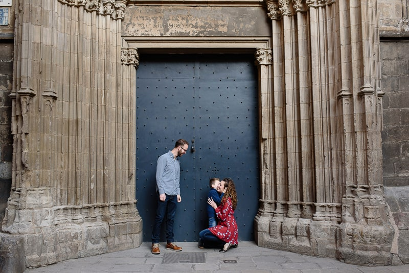 Family Photo Session in Barcelona with Carolina Sainz :: :: Kid-Friendly Things to Do In Barcelona