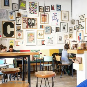 Cafe Cometa (good breakfast) in Barcelona :: Kid-Friendly Things to Do In Barcelona
