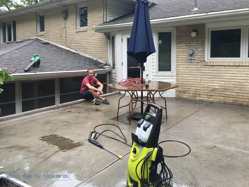Power Washing the patio and the difference it makes