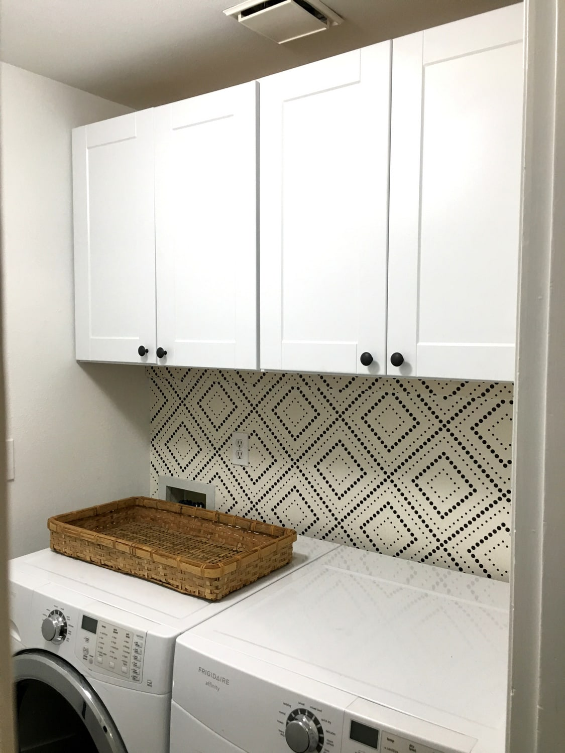 How To Hang Removable Geometric Wallpaper In Laundry Room