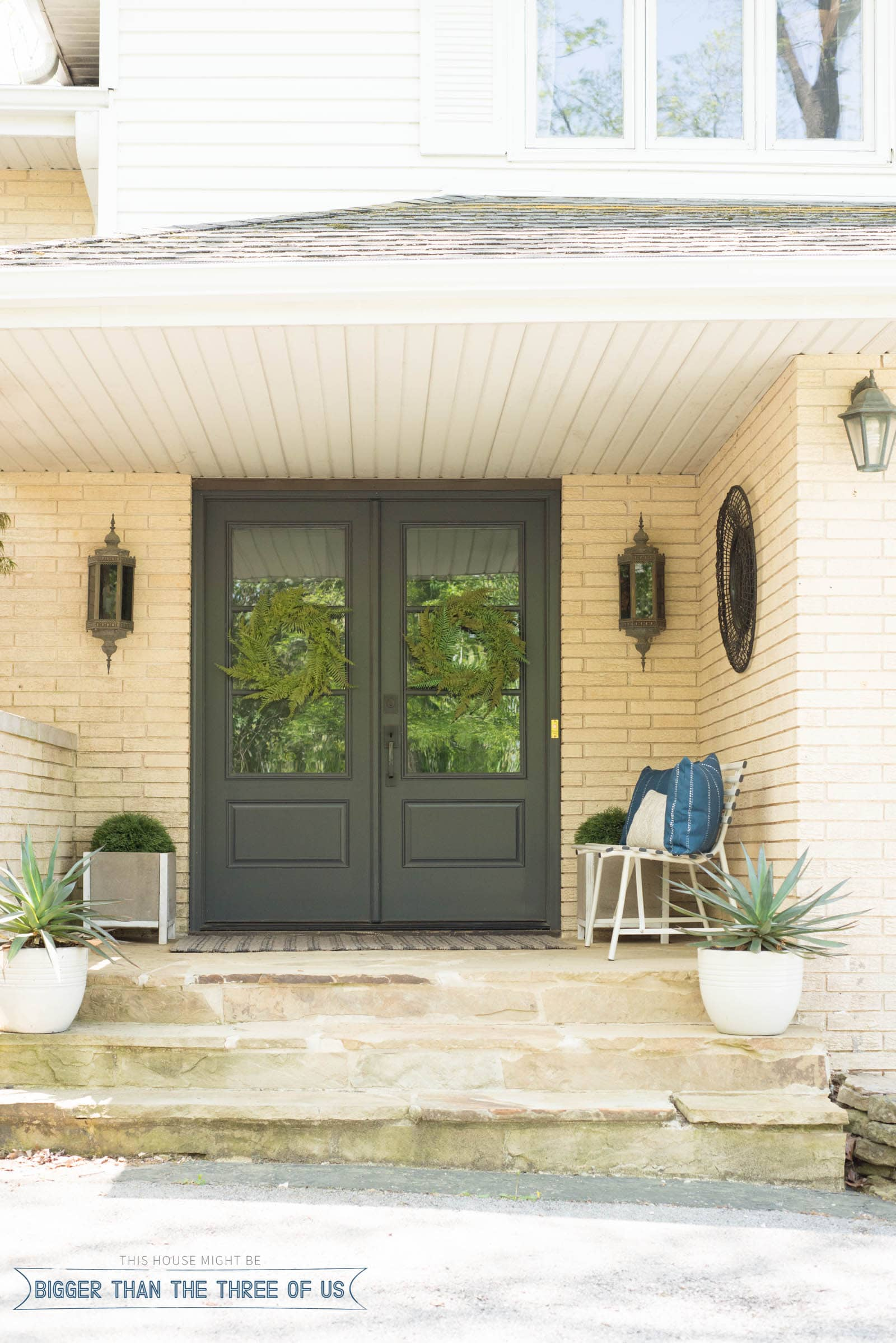 Modern Front Porch Decor for Spring and Summer