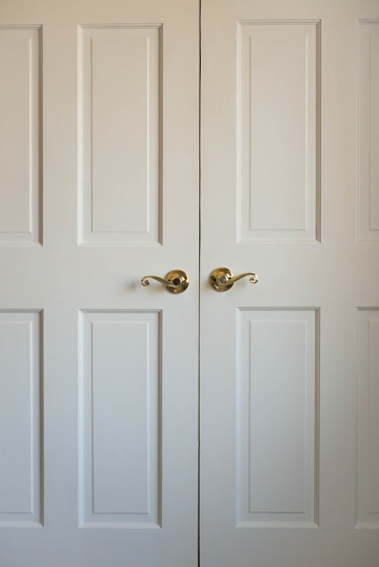 Gold dummy door knobs