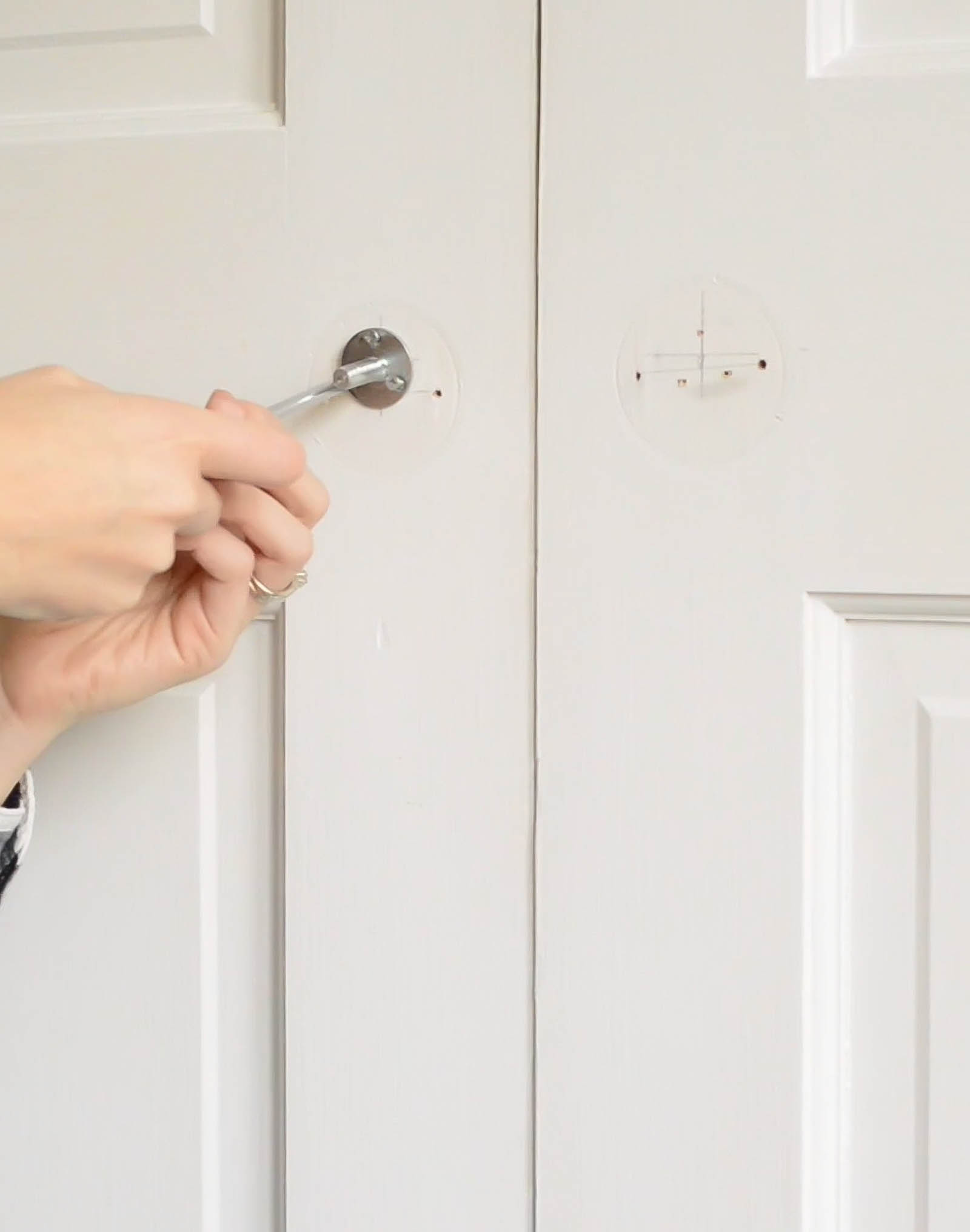 Screwing in a door knob