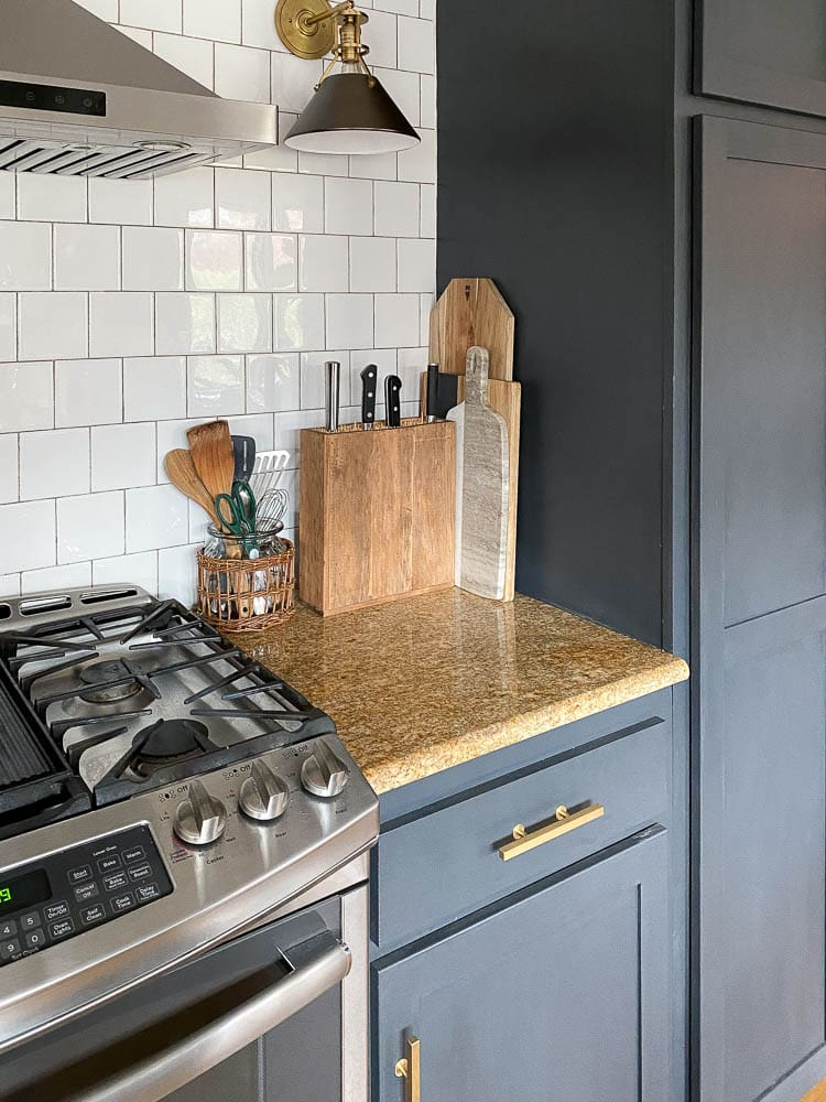 How to make a knife block featuring a knife block on a kitchen counter