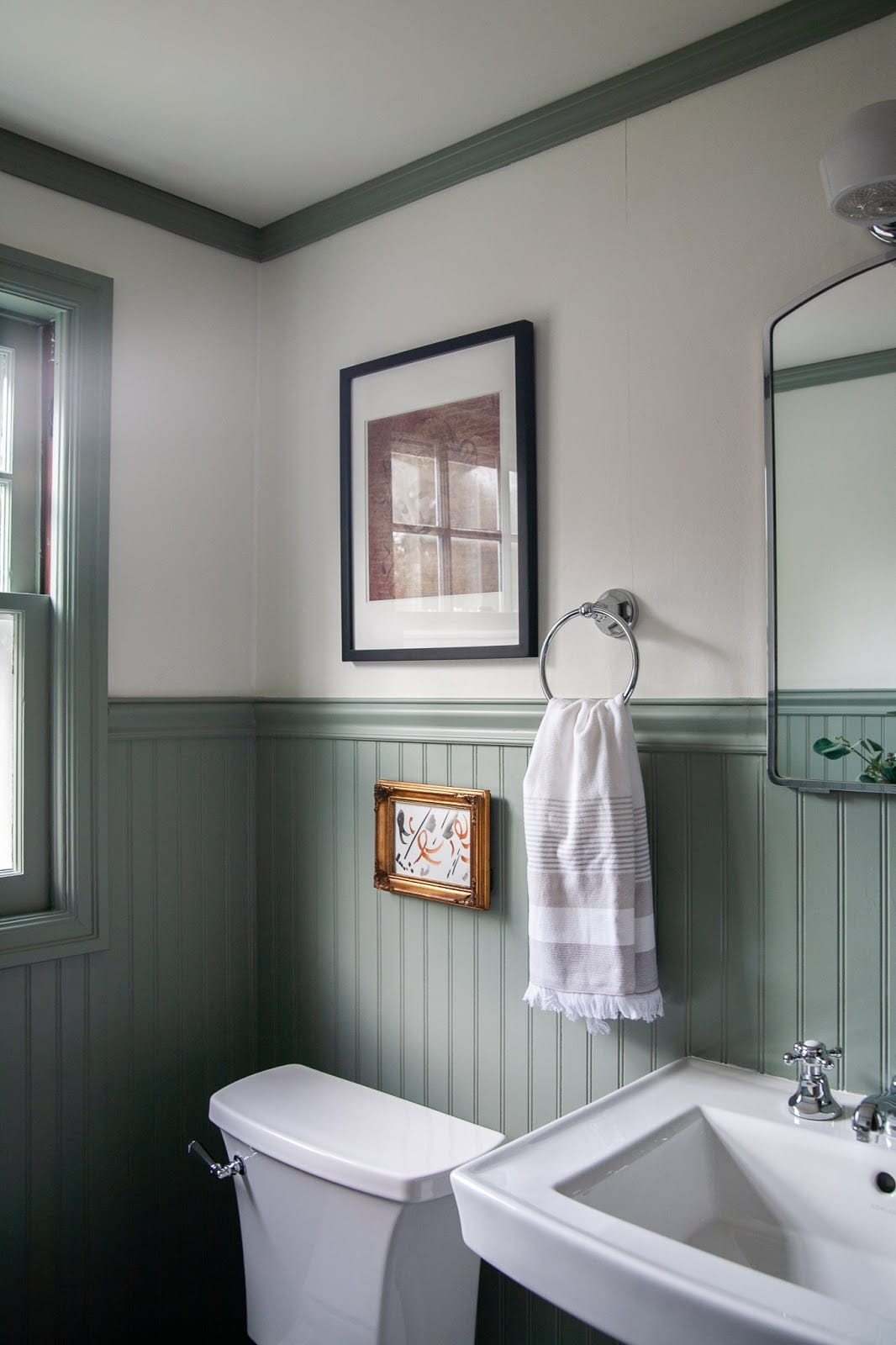 traditional modern bathroom with bead board