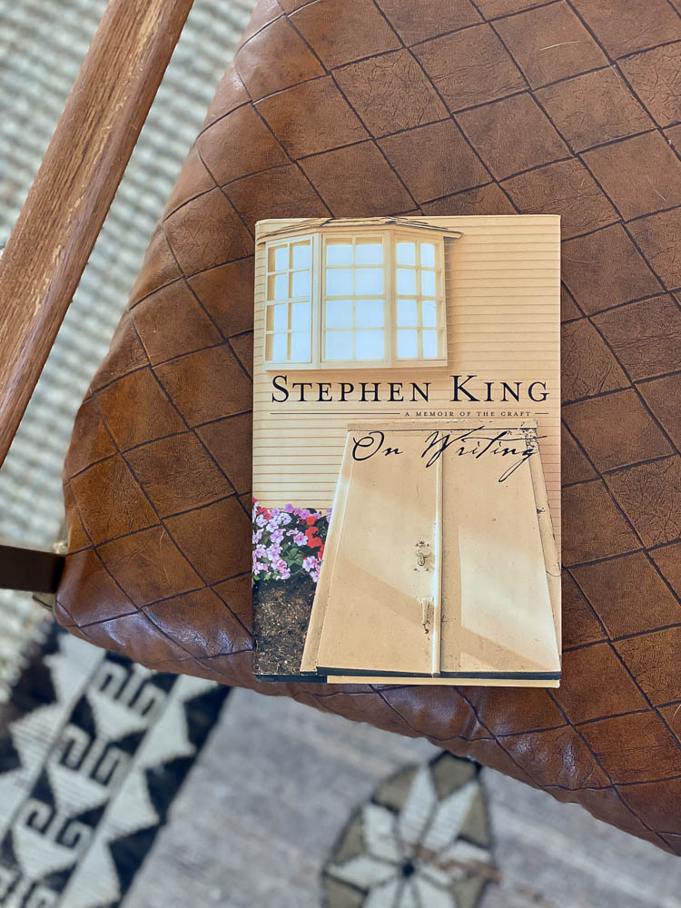Books to read in 2021 showing Stephen King's On Writing book