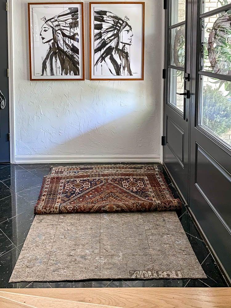 Non skid rug pad in entryway