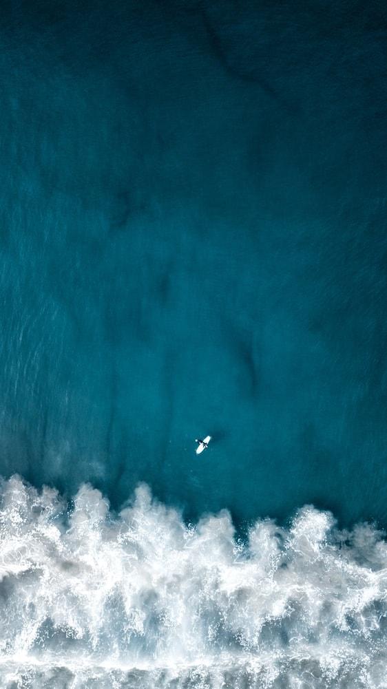 Ocean Surf free wall art download