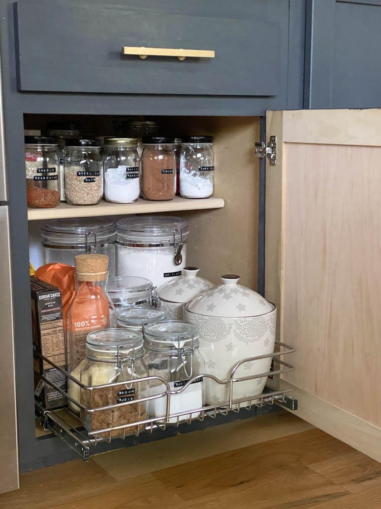 cabinet shelves that slide