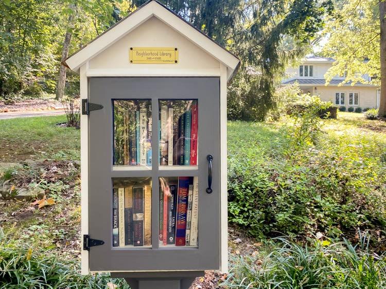 neighborhood book box